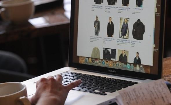 763214e4f1 Az interneten vásárló romániaiak többsége az online ruhaboltok miatt  elégedetlen